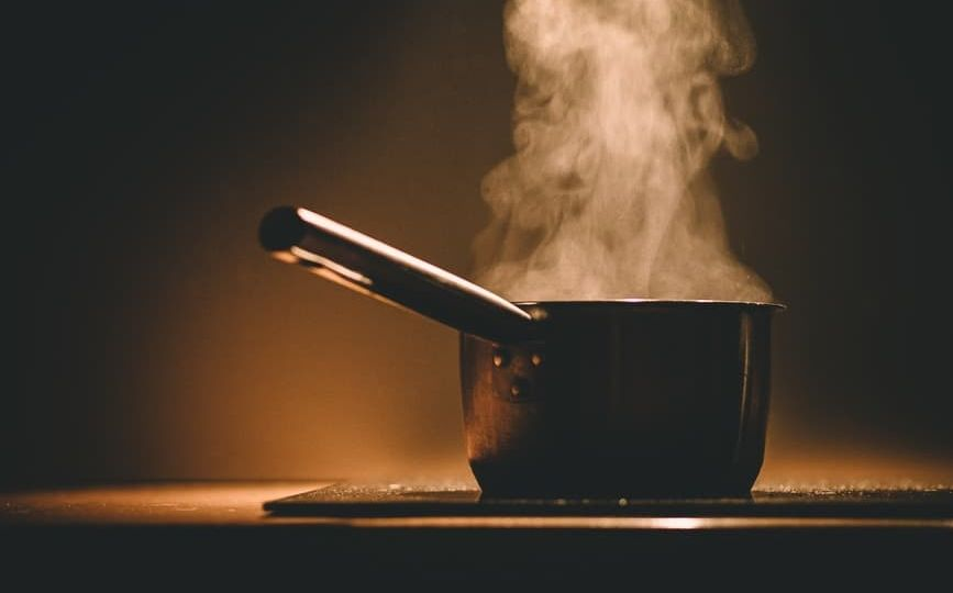 food-pot-kitchen-cooking-feng-shui-smoke (Demo)