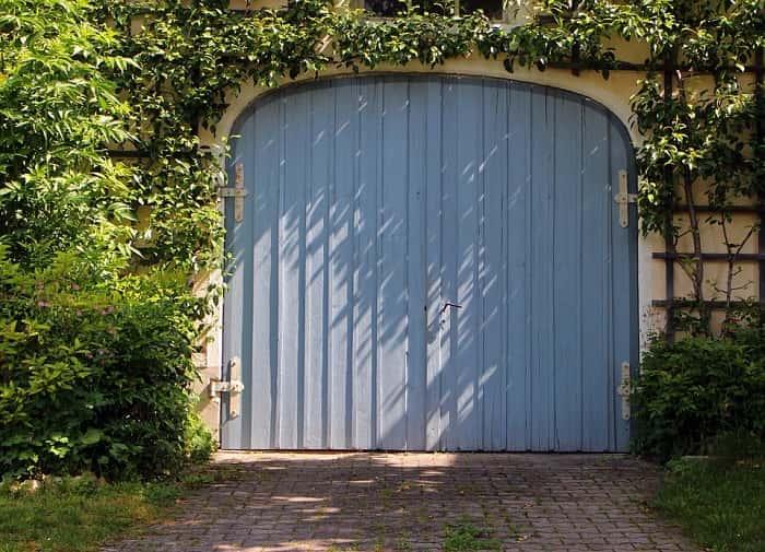 garage-door-as-main-door-min (Demo)