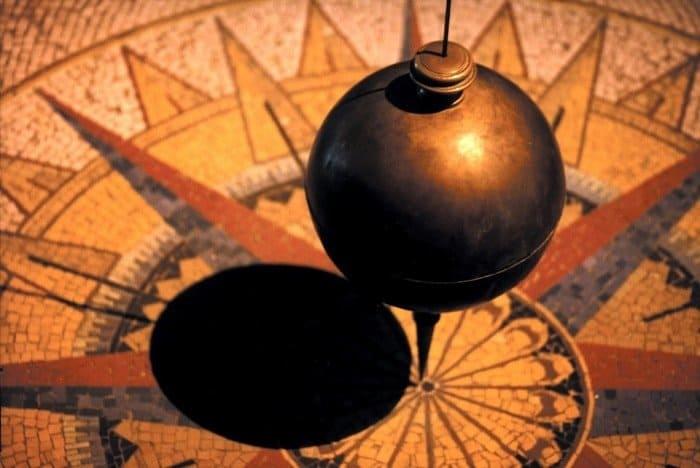 pendulum-828641_960_720-min (Demo)