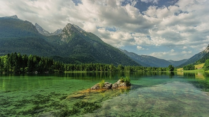 mountain water scenery-min (Demo)