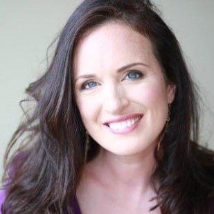 Amanda Collins profile