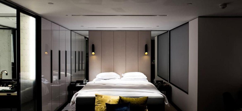 bathroom door to bed feng shui-min