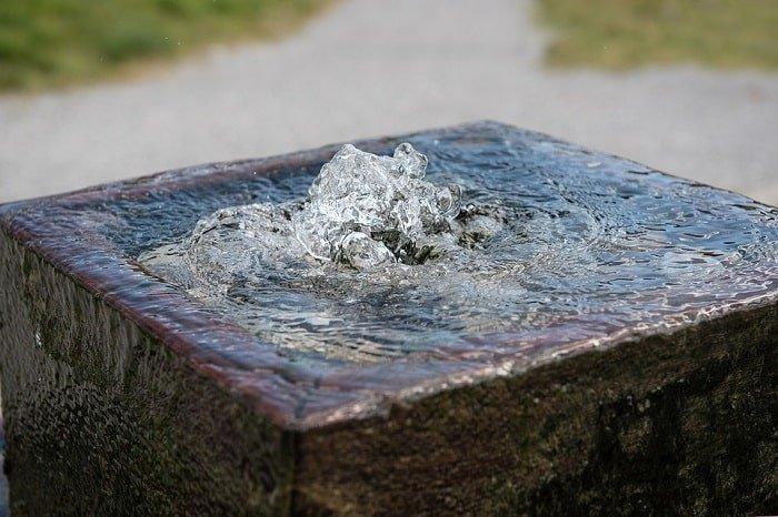 fountain flowing feng shui-min