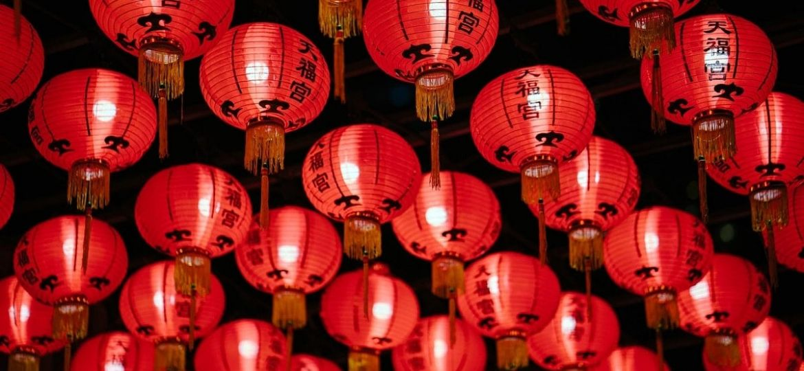 chinese lanterns fortune telling astrology-min